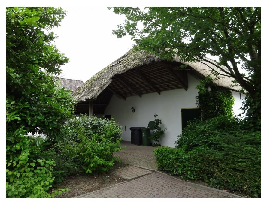 Foto voorkant woonboerderij Waardenburg